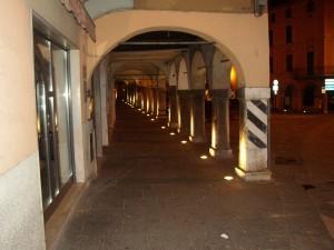04 - Piazza centrale di Gavardo - Illuminazione artistica